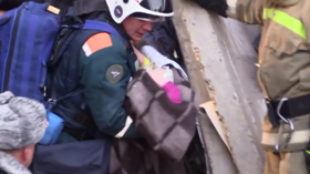 Baby rescued after over 24 hours under rubble of Magnitogorsk house blast (VIDEO)