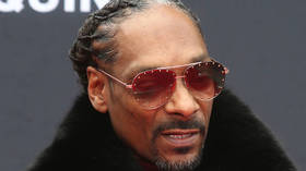 'Don't vote for that ni**a': Snoop Dogg trashes Trump in message to government workers