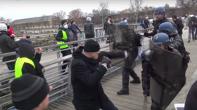'Continue the fight': French boxer who punched police officer urges Yellow Vests to keep going