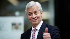 JPMorgan raises boss Dimon's pay to a sweet $31 million, topping pre-crisis record