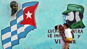 Brexit chaos and memories of Cuba (E263)
