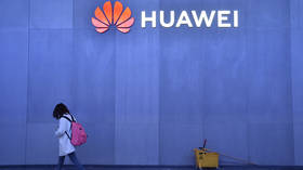 'Stupid economics': Attack on Huawei tells world to avoid doing business with US - Prof. Wolff