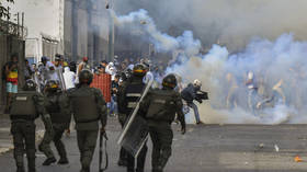 Non-yellow-vest protests are good? Macron hails Venezuela coup attempt as 'restoration of democracy'
