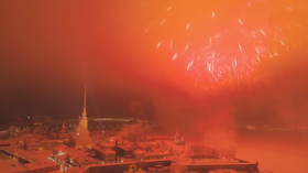 1,000s of fireworks light up skies of St. Petersburg concluding Leningrad Siege commemoration