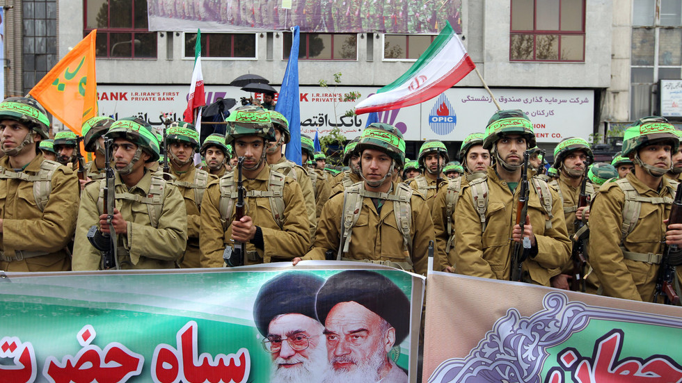 1 killed, 5 wounded in terrorist attack on militia base in Iran