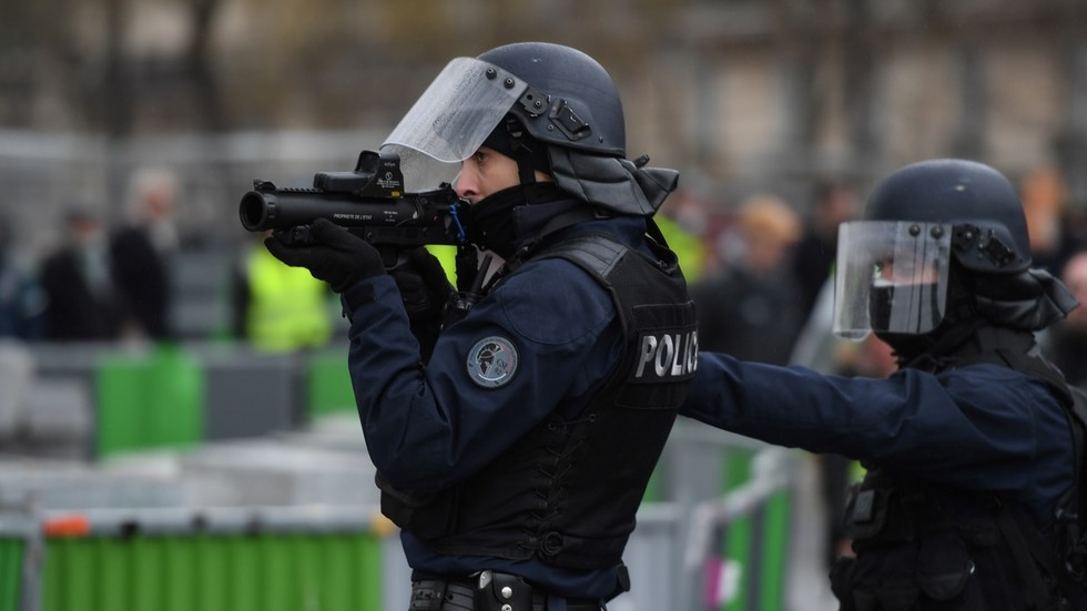 French police talk about shooting Yellow Vest protesters in a leaked tape