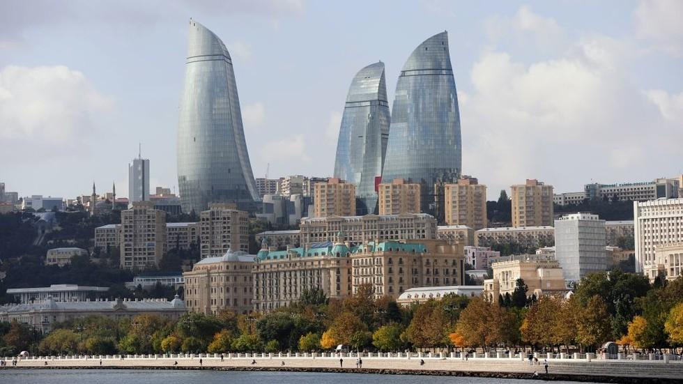 Baku - Wikipedia