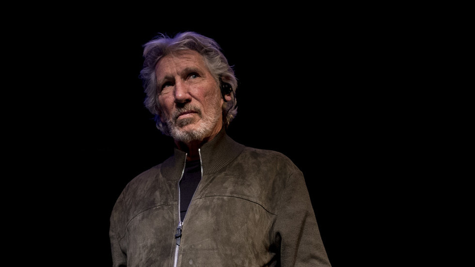 'Leave the Venezuelan people alone': Roger Waters calls US actions 'insanity'