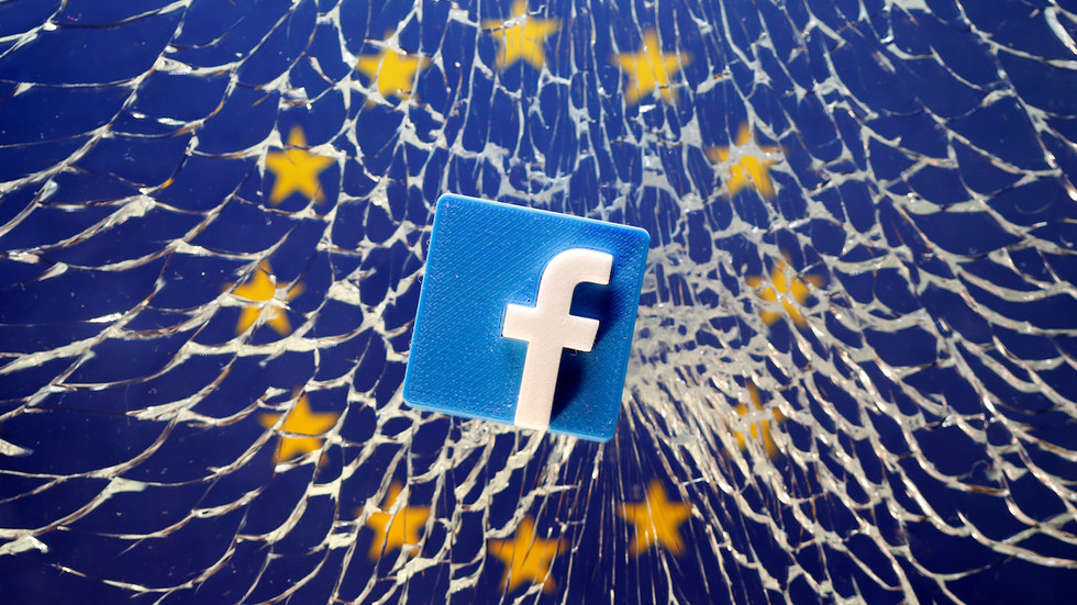 Germany orders Facebook to stop spying & hoarding users' data without their explicit consent