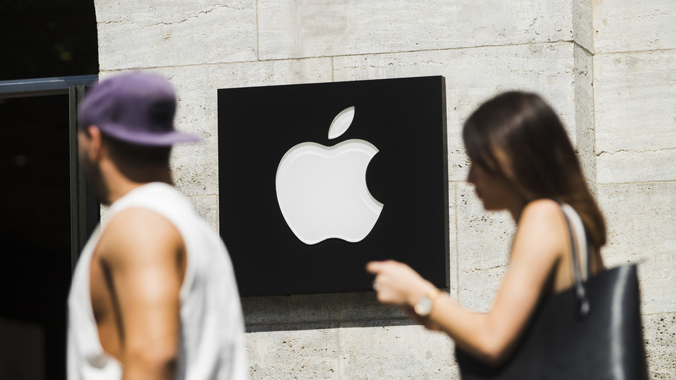 'Furious' Apple quits Stockholm after city rejects ambitious flagship store