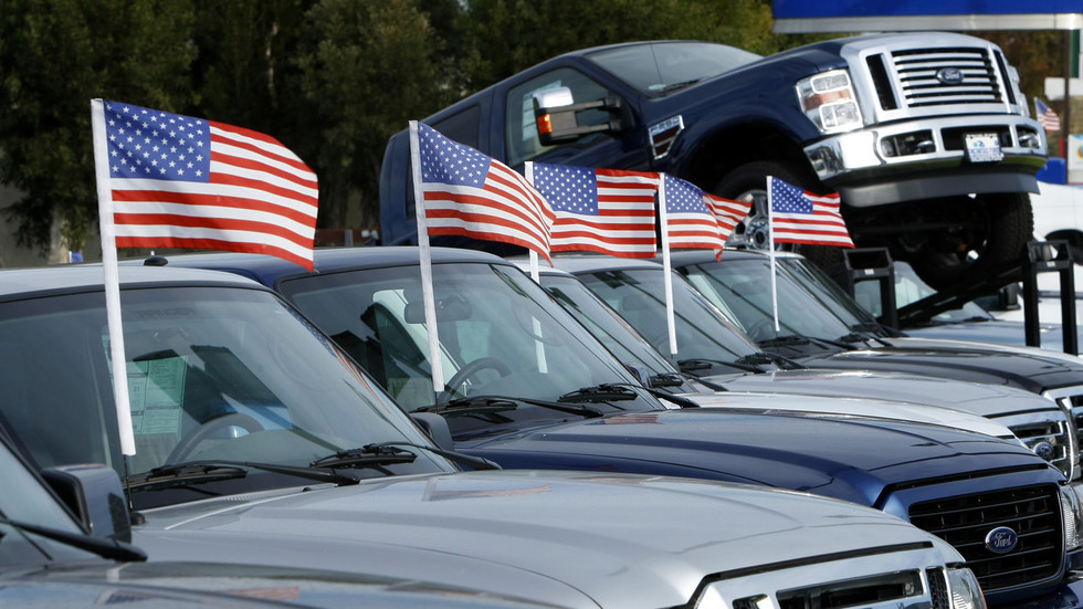 Boom Bust asks if the bubble is bursting as record number of Americans fall behind on car payments