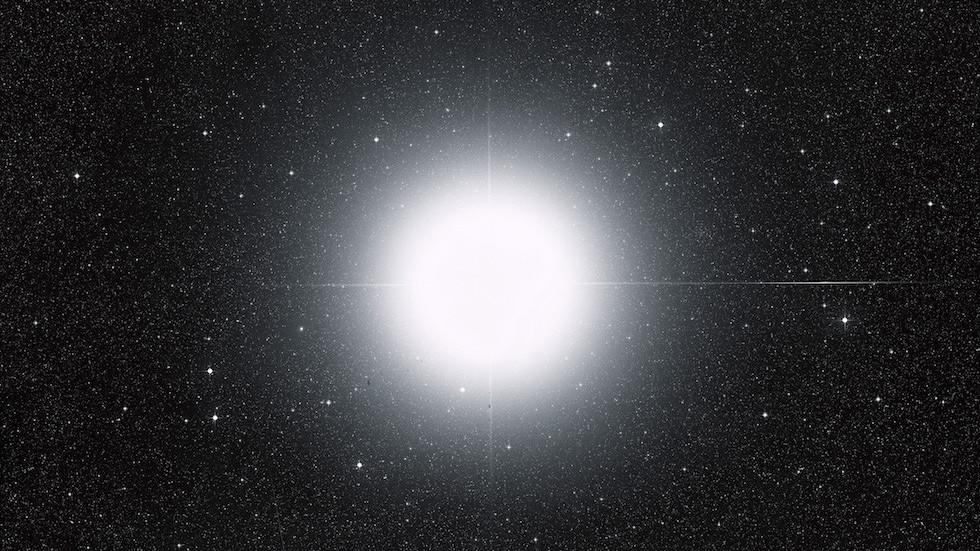 In the blink of an eye: Astronomers seek backup to capture strange stellar blackout