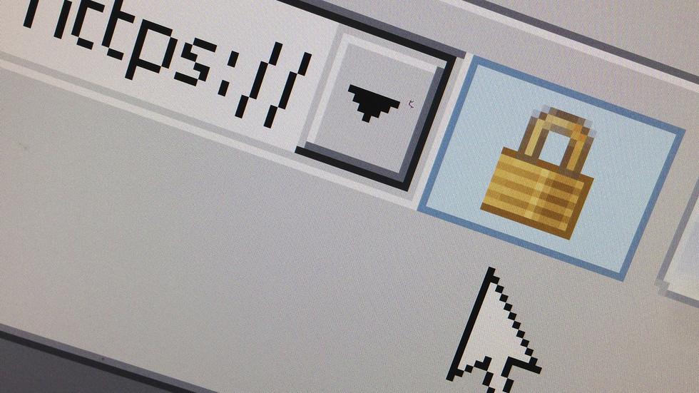 Internet 'part of western establishment now': London ex-mayor on Facebook blocking RT-linked pages