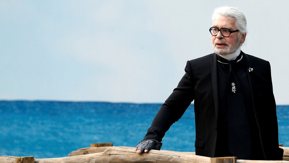 Fashion icon Karl Lagerfeld has died – reports