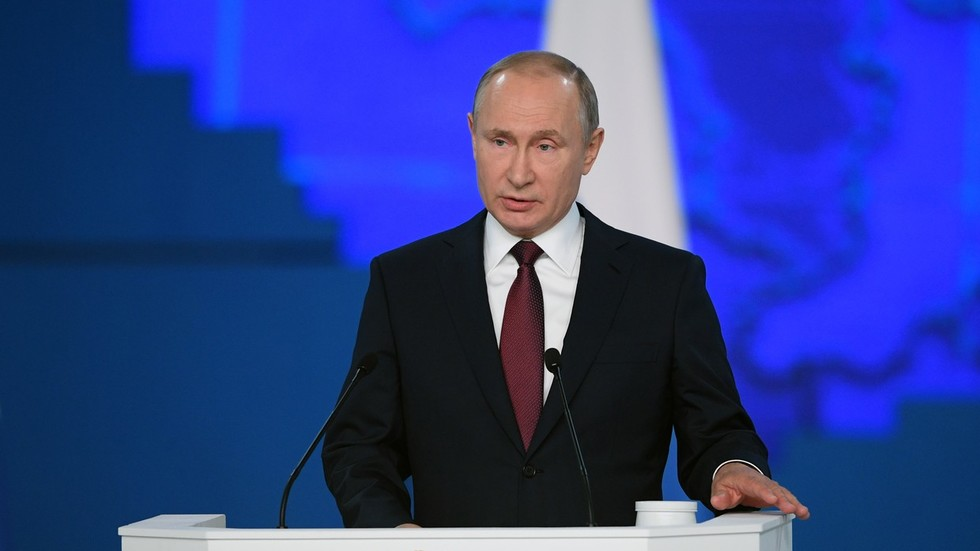 Putin speaks to both houses of parliament at annual Federal Assembly address