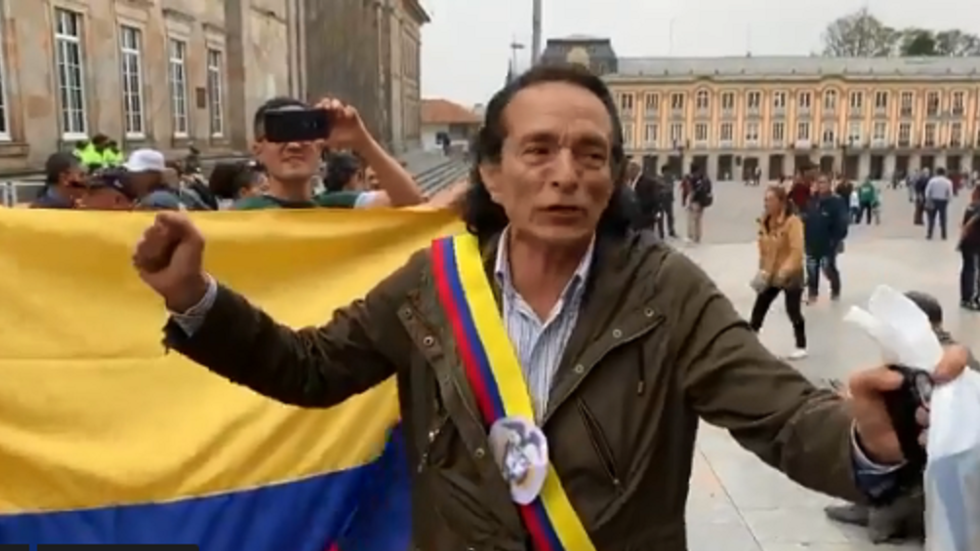 WATCH a Colombian proclaim himself 'interim president' in Guaido parody
