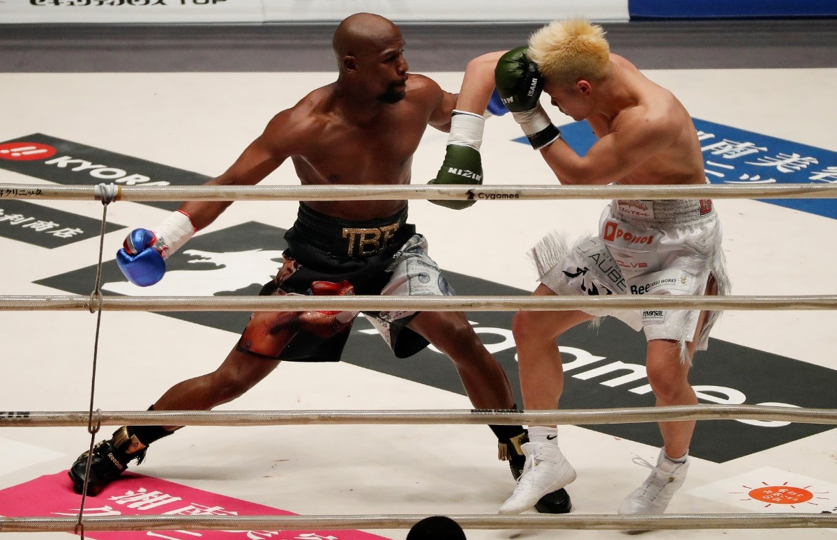 Pack para poner Palmadita Creación  $1 billion for UFC deal': Floyd Mayweather makes stunning MMA claim — RT  Sport News