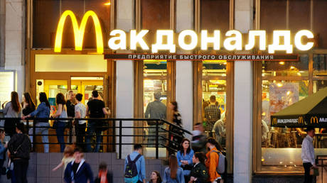 5c5aacbafc7e9388718b458c McDonald's to boost investment in Russia, new restaurants & services on the way