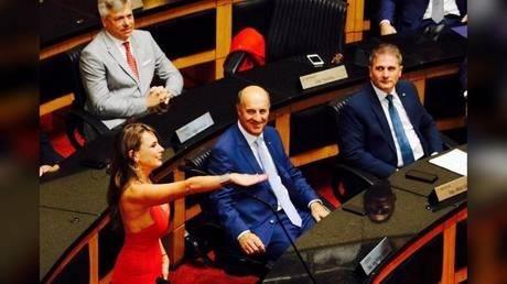 'I've always had big breasts': Lawmaker's plunging neckline stirs Brazilian parliament (PHOTOS)