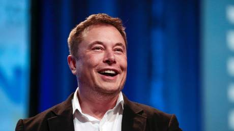 Elon Musk flexes Russian skills while reacting to wild video of backward-driving Soviet car