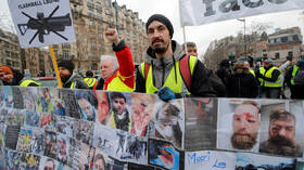 Look into their eyes: Yellow Vests march through Paris blaming police for bloody violence (VIDEOS)