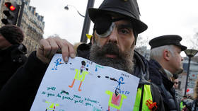 'Due to police brutality': Yellow Vests will no longer give officials prior notice of Paris protests
