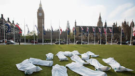 NHS stockpiling body bags to handle 'no-deal' Brexit - health minister