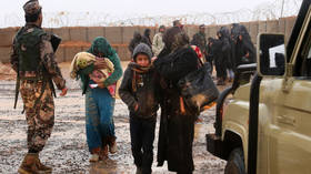 Refugees at Rukban camp in Syria © AFP / Khalil Mazraawi