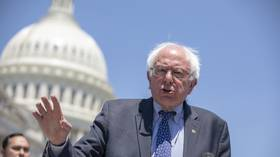 Democrats howl after Bernie Sanders refuses to recognize Guaido as Venezuela's leader