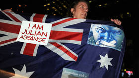 Julian Assange issued with new Australian passport