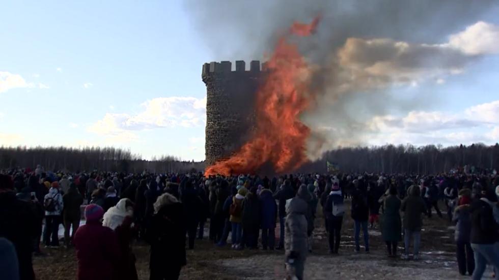 Massive replica of Bastille prison goes down in flames in Russia