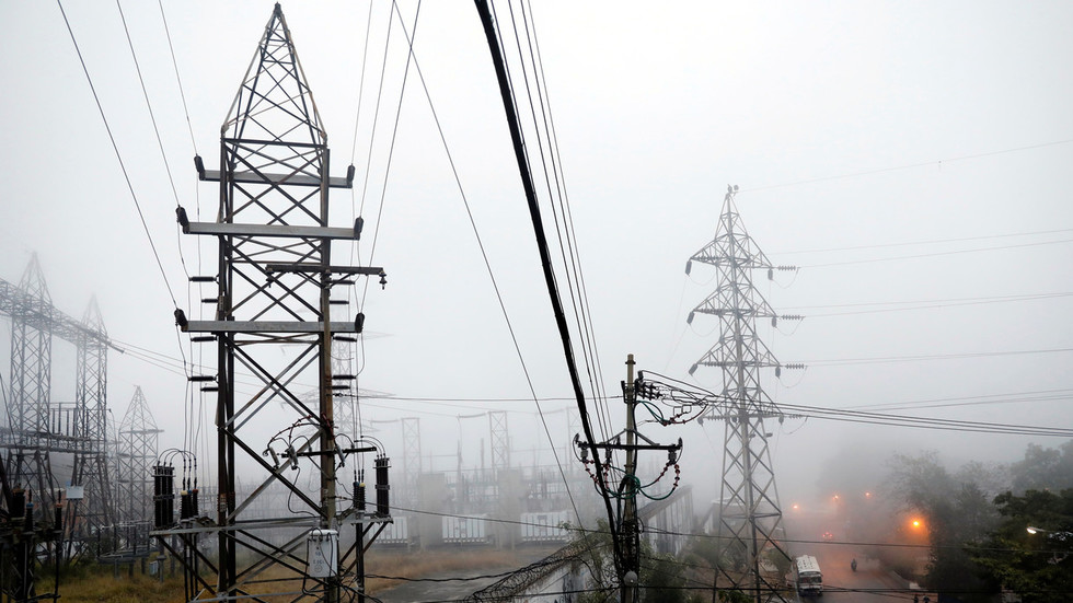 'Cyberattacks & insider sabotage': Venezuela's power grid still under attack – Maduro