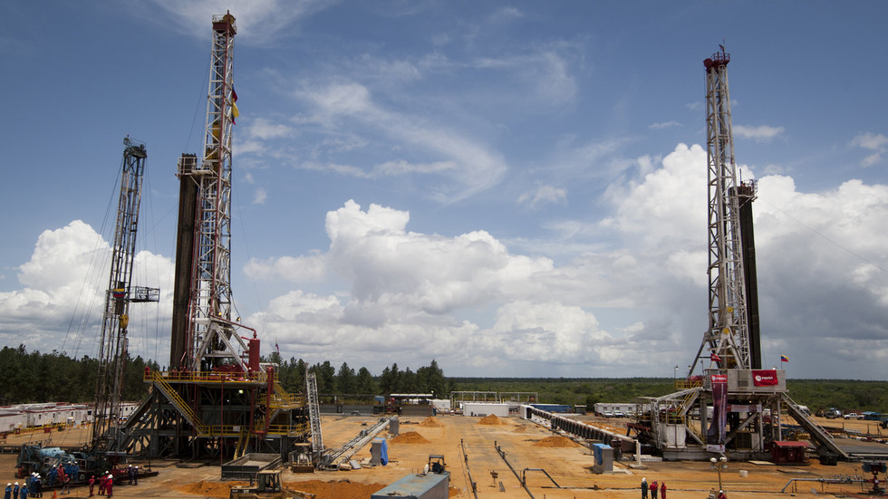 India must stop buying Venezuela's oil, says US regime-change hawk Abrams
