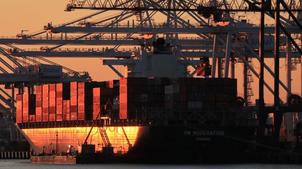 US-China trade plunges by 20% in the first two months of 2019