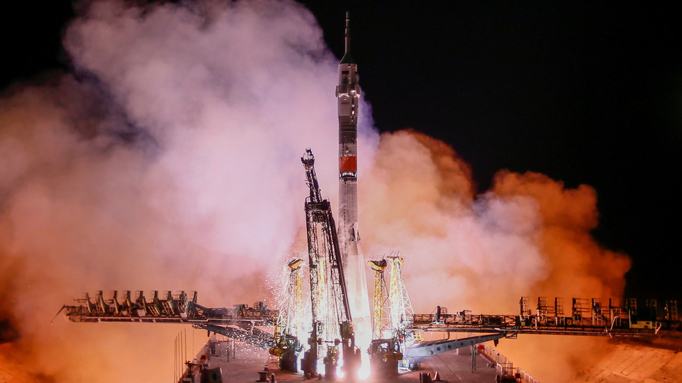 Roscosmos 'ready to help' NASA if construction of Soyuz alternative is delayed