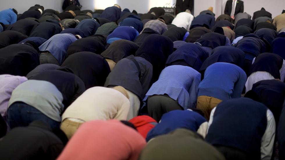 Estudo científico mostra que muçulmanos nascidos no Ocidente são mais propensos a se tornarem extremistas radicais com ideias violentas