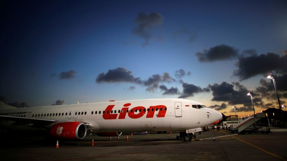 Indonesian air carrier to ditch Boeing's jets after crash, in favor of rival Airbus