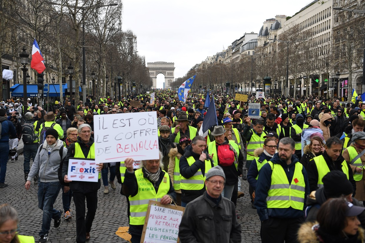 France's 'yellow vest' protesters back on the streets