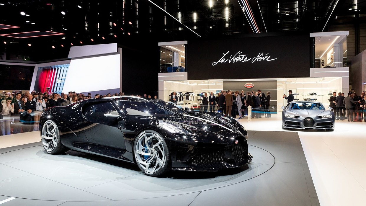 To The Batmobile Bugatti S New 19mn Hypercar Sets New