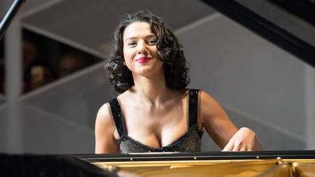 Meet top female pianist putting the sexy into classical music