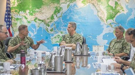US Navy admirals discuss logistics at a briefing in Singapore, March 6, 2019