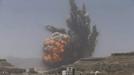 UK opposition demands end to support for Saudis after special forces casualties in Yemen