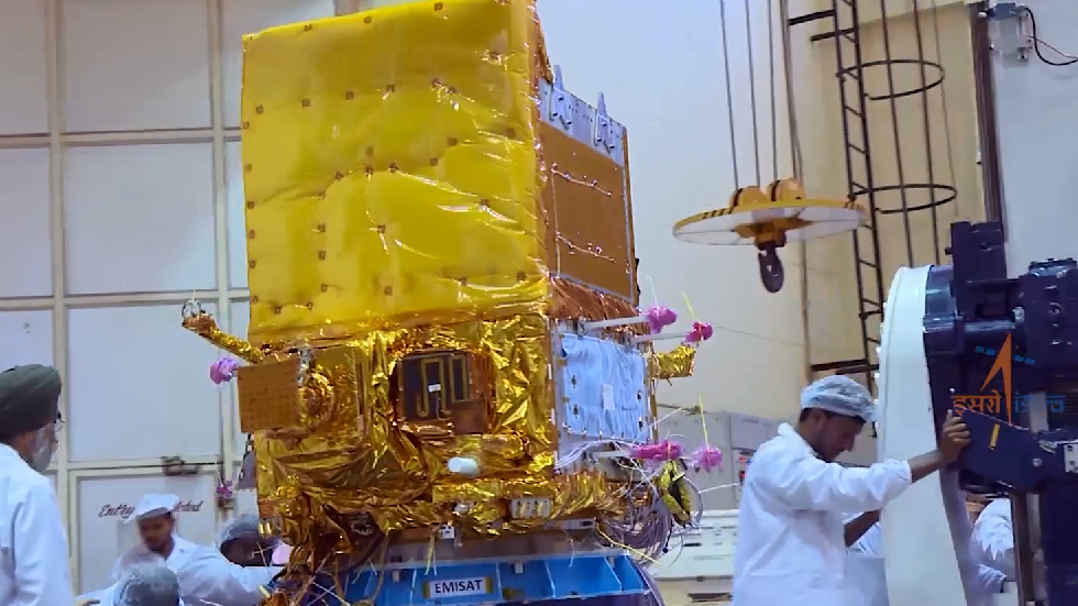 New spy satellite gives India 'considerable advantage' over China & Pakistan – analyst