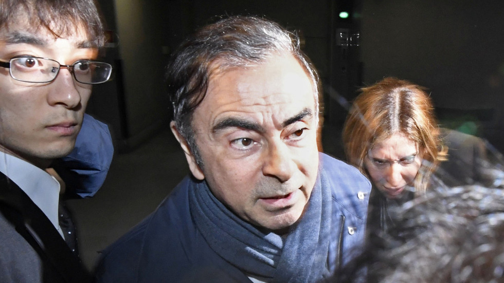 Ex-Nissan boss Carlos Ghosn re-arrested in Japan after vowing 'to tell truth about what's happening'