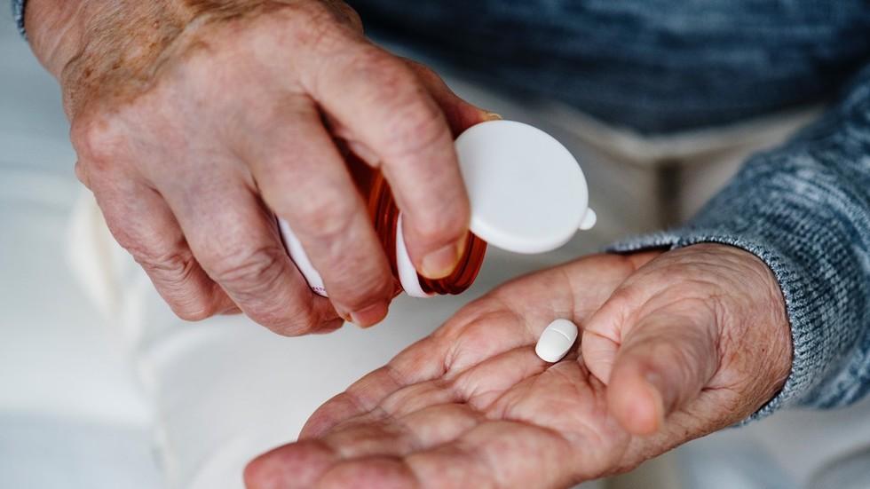 Major anti-aging breakthrough as 'magic bullet' targets 'zombie cells'