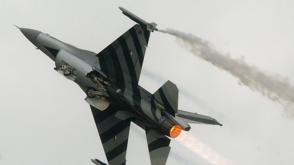 Dutch F-16 fighter jet SHOT ITSELF with cannon during drills, probe reveals