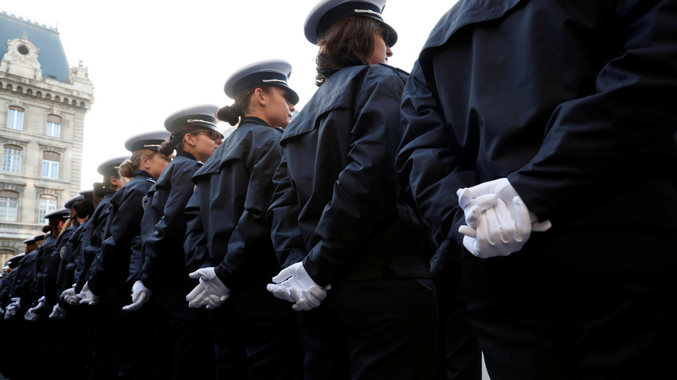 'It's a massacre': Rising number of suicides among French police condemned by union