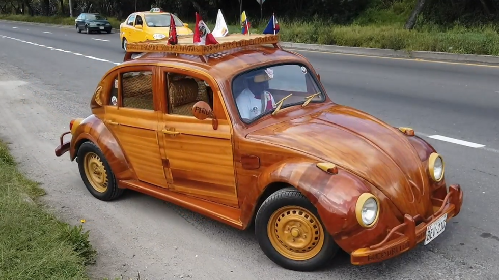 Carpenter dad drives DIY wooden car from Peru to NYC to fulfill promise to daughter