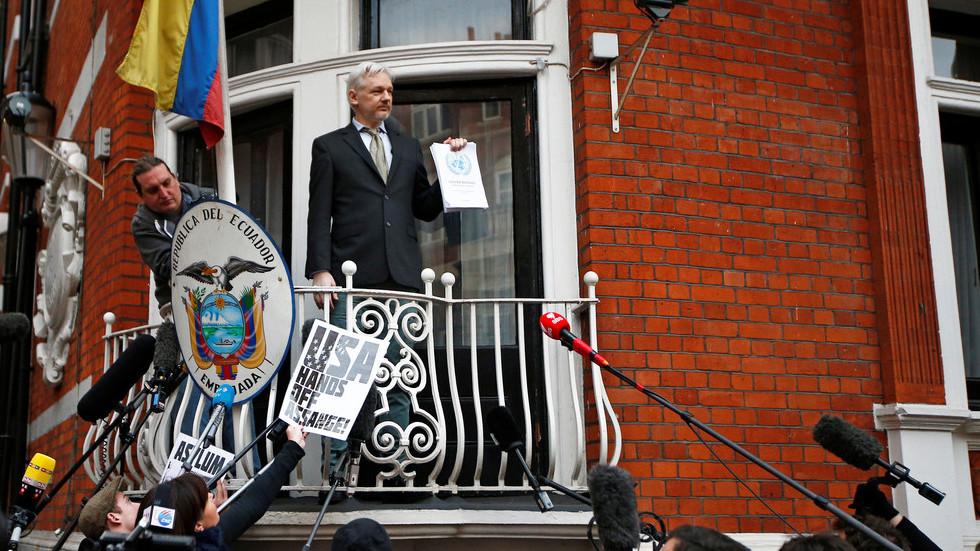 WikiLeaks calls for unredacted Mueller report