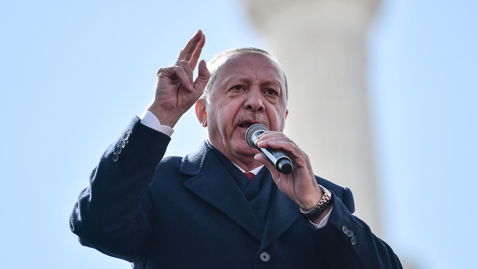 Erdogan fires back at France's 'bloody past' on day of 1st Armenian genocide commemoration